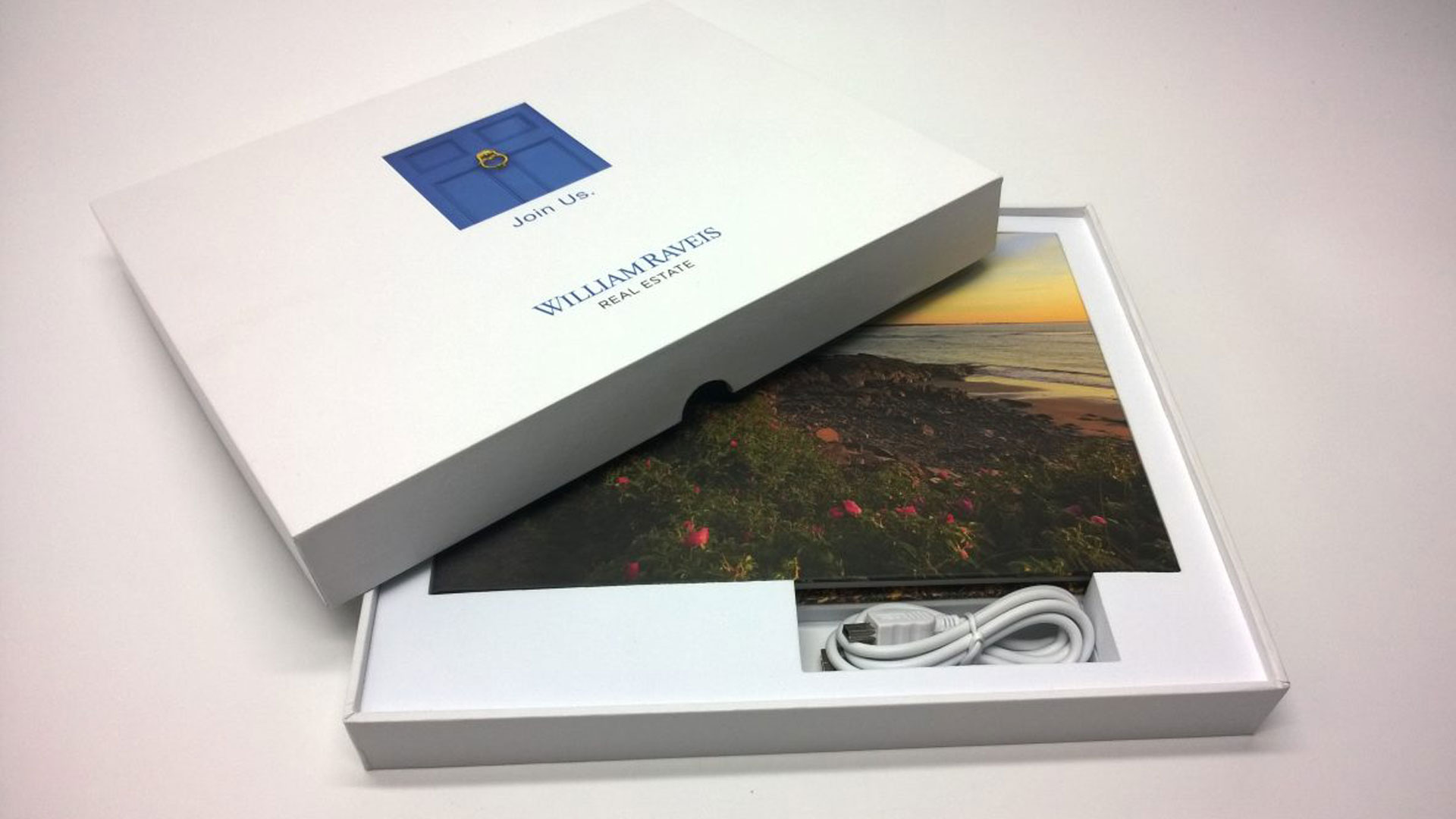 8x6-inch hardcover video brochure and presentation box